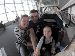 My przed lotem jeszcze uśmiechnięci :)